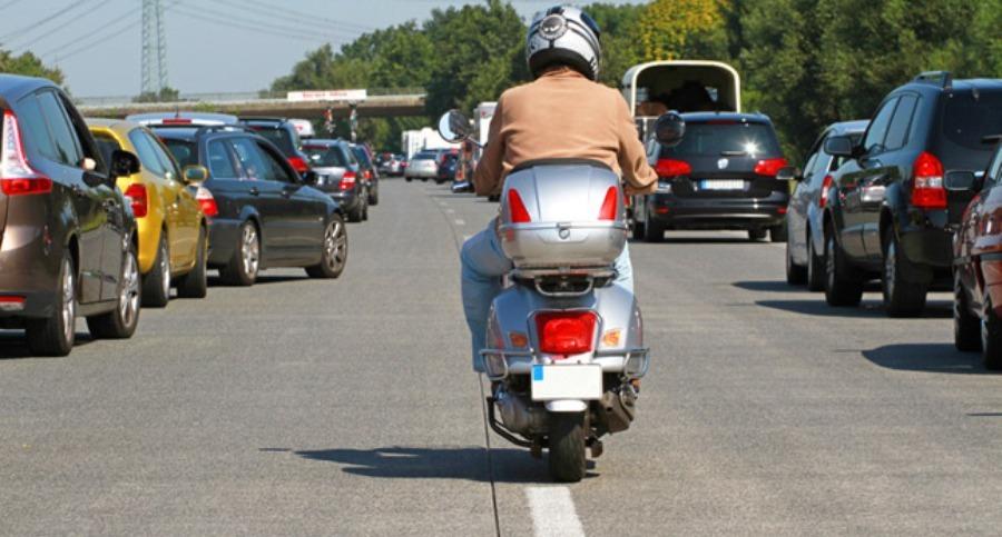 La circulation inter-files expérimentée en France depuis début février